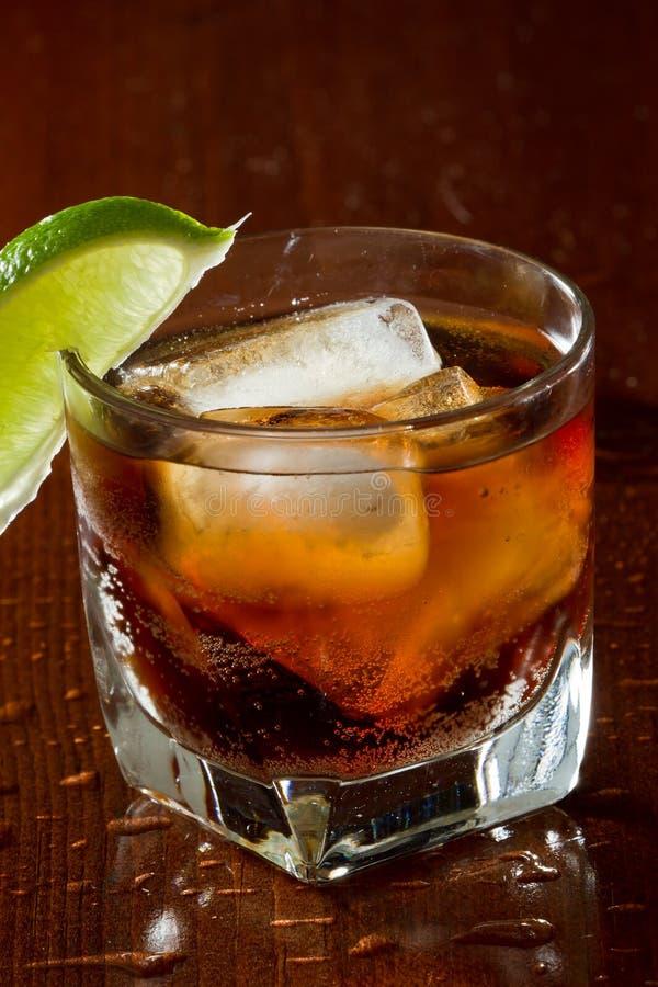 Rum und Kolabaum lizenzfreies stockfoto