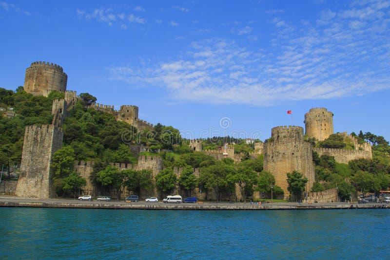 Rumeli Hisari fästning i vår Istanbul Turkiet arkivbilder