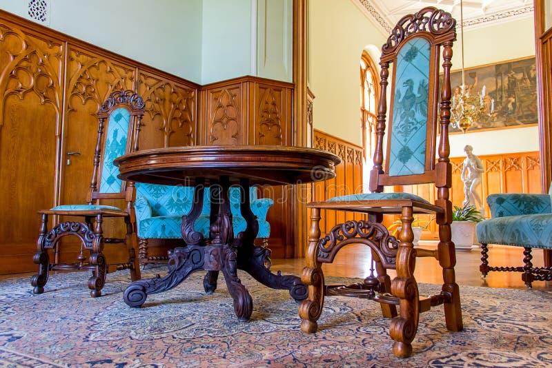 Rummet av den romantiska Lednice slotten arkivfoto
