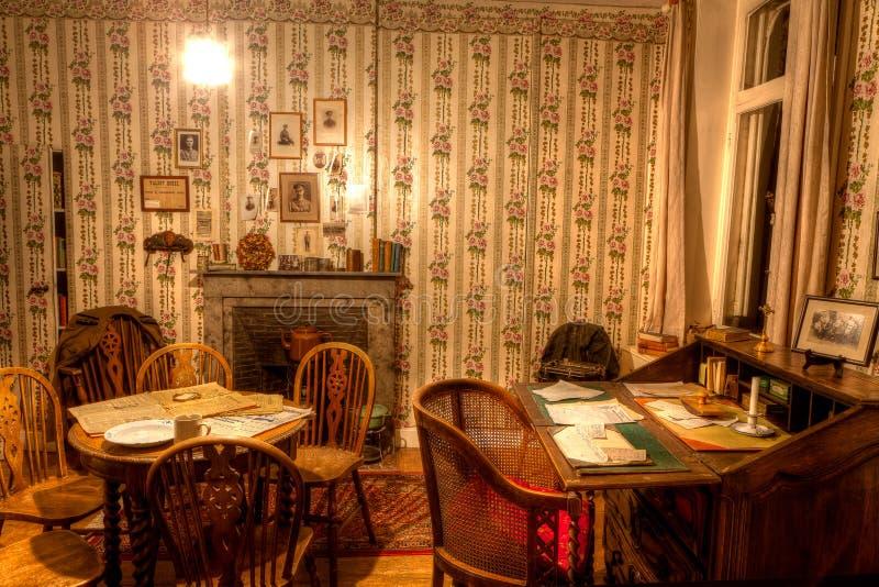 Rummet av Talbot House, Poperinge, Belgien royaltyfria foton