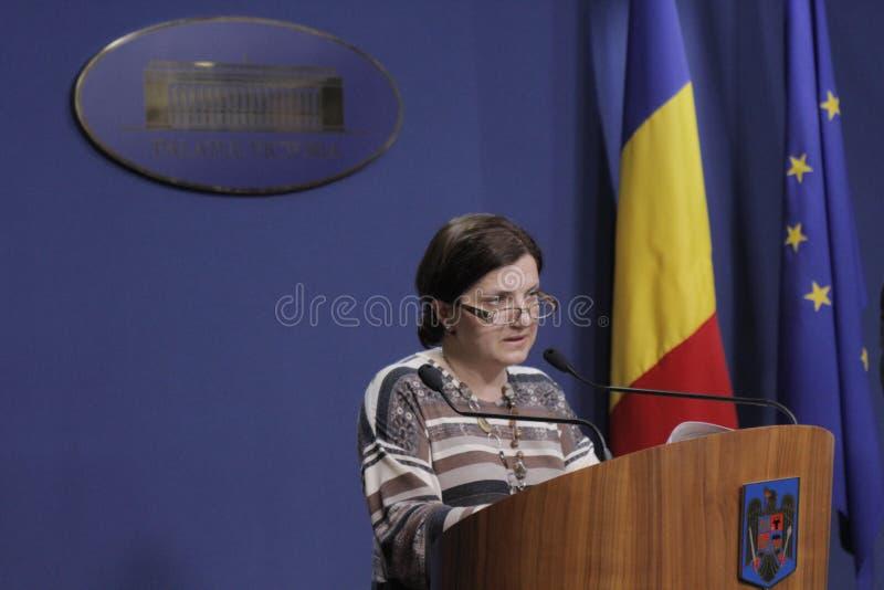 Rumuńska ministra sprawiedliwości Raluca Pruna konferencja prasowa zdjęcie stock