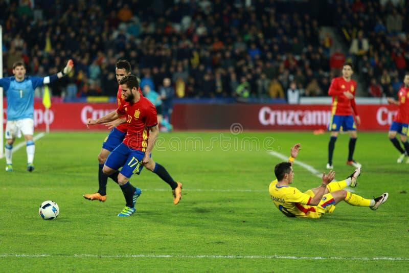 Rumuński gracz futbolu Nicolae Stanciu w akci przeciw Hiszpania obraz stock