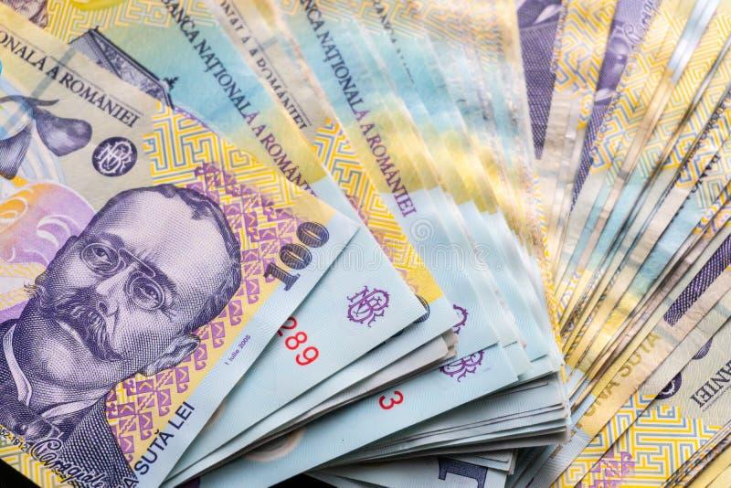 Rumu?scy banknoty, zako?czenie RON lei pieniądze europejczyka waluta Rumunia wartość Rumuńscy banknoty jako tło Lei są nationa fotografia royalty free