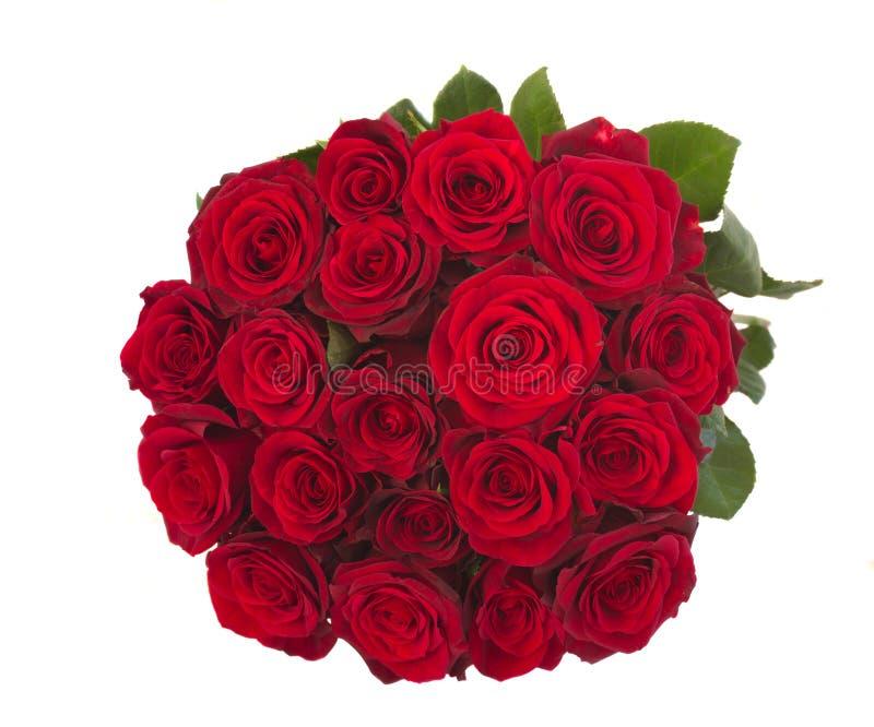 Rund bukett av mörker - röda rosor royaltyfri fotografi