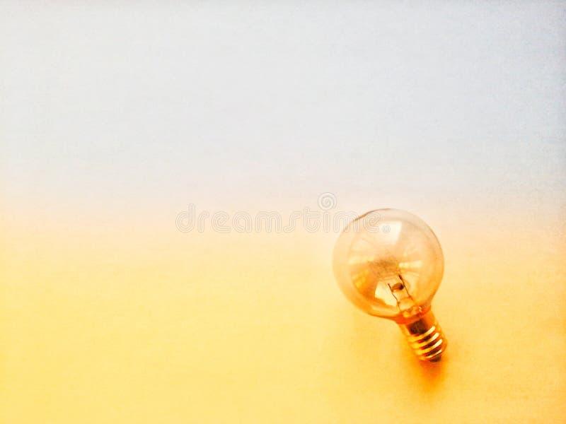 Runde Glühlampe lizenzfreie stockfotos