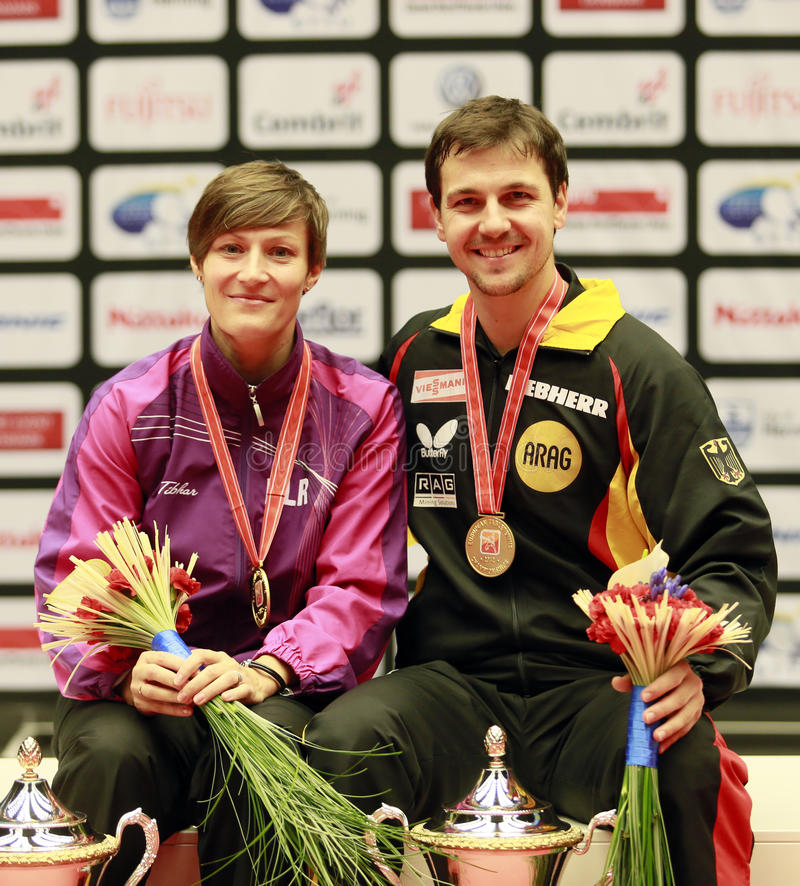 Runde Samenkapsel Timo (GER) und Viktoria Pavlovitch (BLR) lizenzfreies stockbild