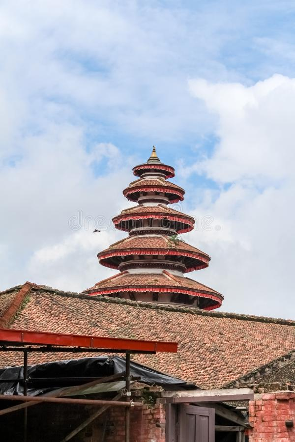 Runder, multi-abgestufter Turm in nasalem Chowk-Hof von Hanuman Dhoka Durbar Square, Kathmandu lizenzfreie stockfotos