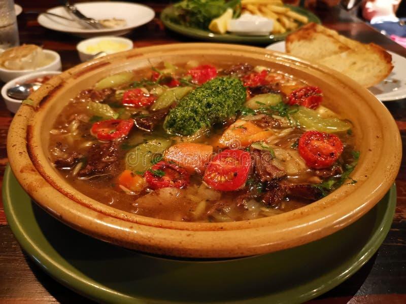 Rundvlees en groentenhutspot stock afbeelding
