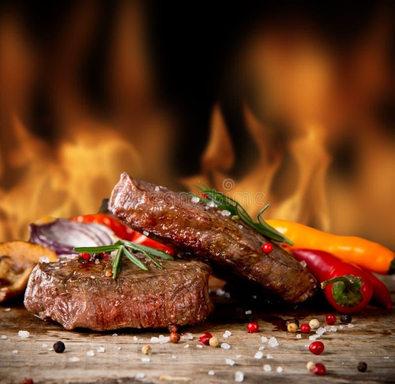 Rundvleeslapjes vlees stock afbeelding