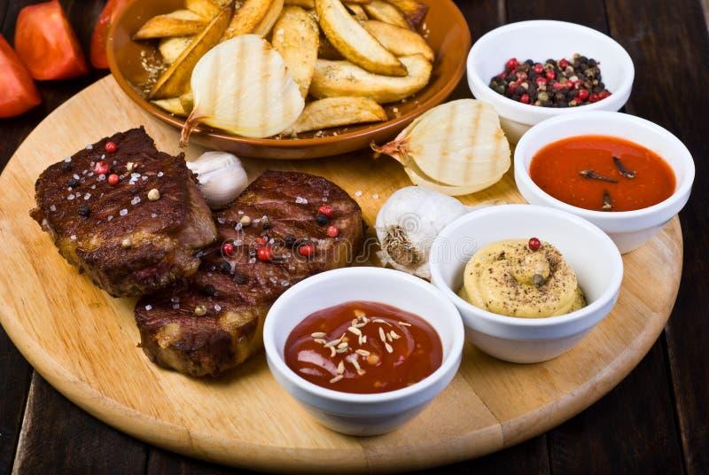 Rundvleeslapjes vlees stock foto's
