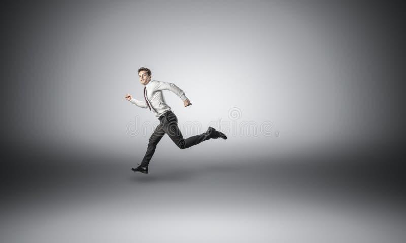 running för affärsman arkivfoto