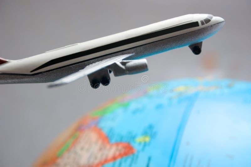 runt om flygvärlden royaltyfria foton