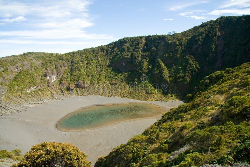 runt om kraterirazuvulkan royaltyfria bilder