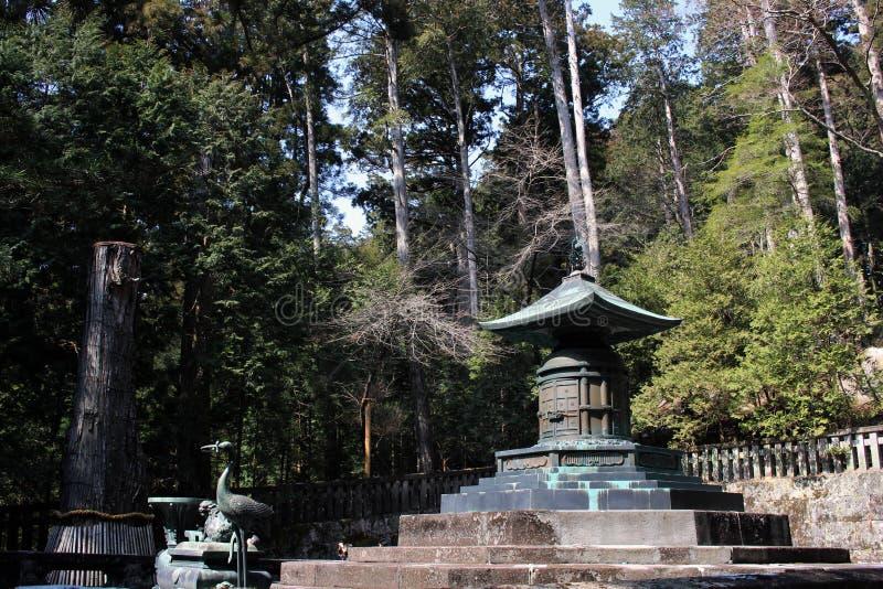 Runt om mausoleet eller gravvalvet av Ieyasu Tokugawa arkivbild