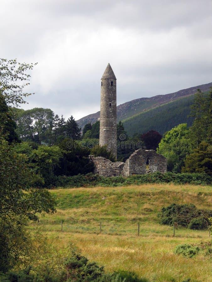 Download Runt torn för glendalough arkivfoto. Bild av runt, gammalt - 245670