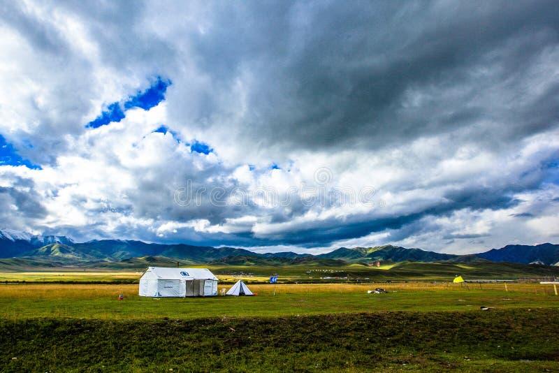Ruoergaiweide, de Cultuurgebied van Tibet, Gansu, China stock foto's