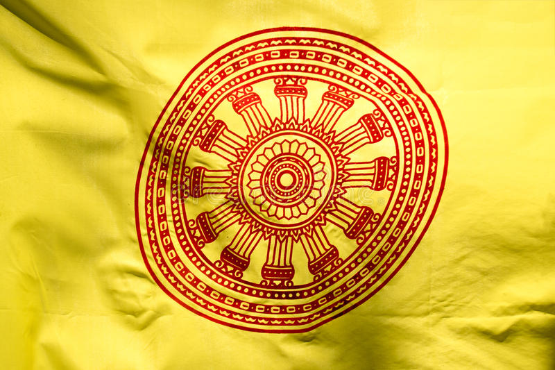 Ruota di vita o Dharmachakra, ruota della bandiera di Dhamma fotografie stock