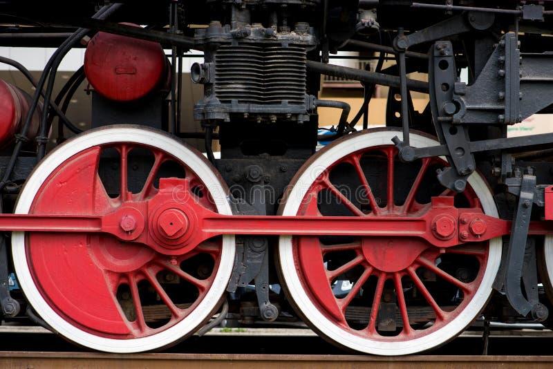 Ruote su un vecchio treno immagine stock libera da diritti