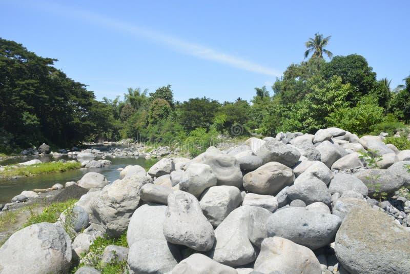 Ruparan河岸位于barangay Ruparan, Digos市,南达沃省,菲律宾 免版税库存照片