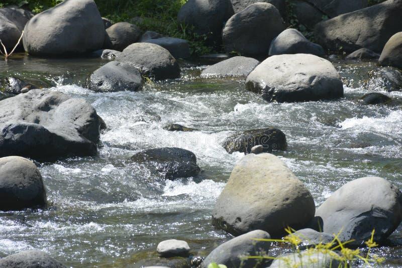 Ruparan flodbädd som lokaliseras på barangay Ruparan, Digos stad, Davao del Sur, Filippinerna arkivbilder