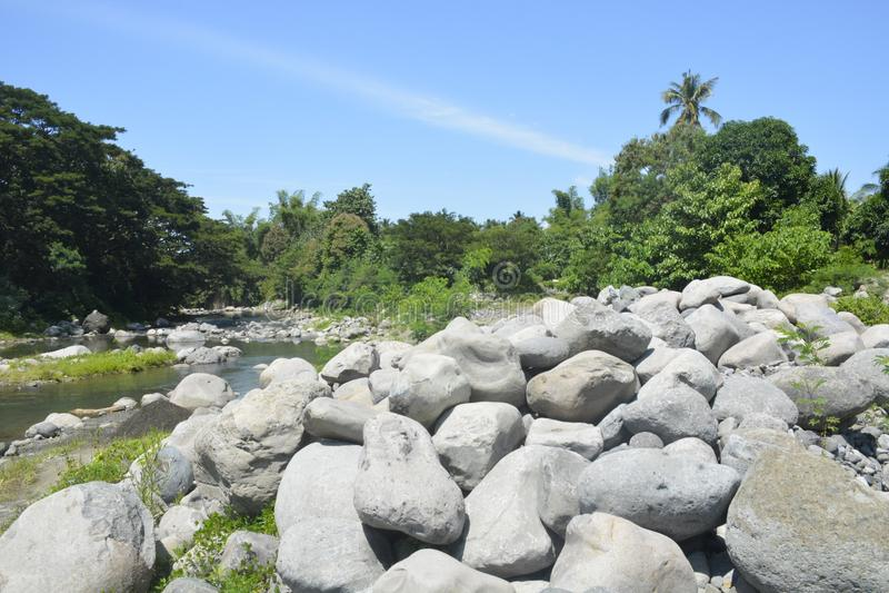 Ruparan riverbank die in barangay Ruparan, Digos-Stad, Davao del Sur, Filippijnen wordt gevestigd royalty-vrije stock foto