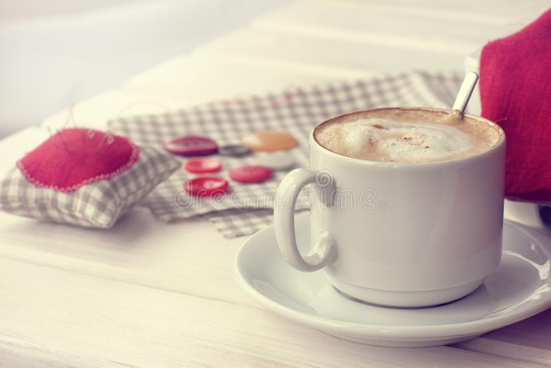 Ruptura de café em casa imagens de stock