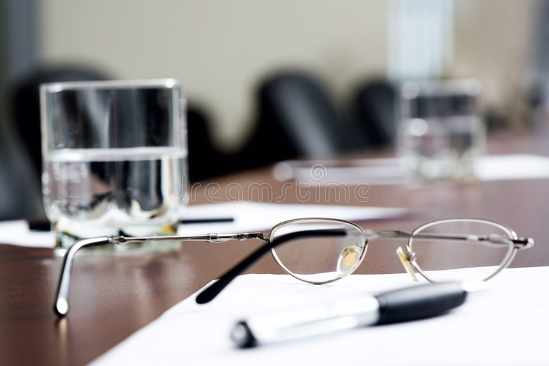Ruptura na reunião de negócio fotografia de stock royalty free
