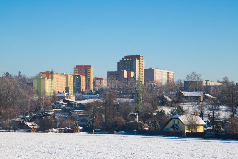 https://thumbs.dreamstime.com/b/rural-countrye-vs-block-flats-apartments-city-urbanism-family-houses-village-high-rise-block-107081917.jpg