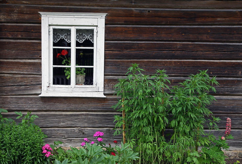 Download Rural House And Flowerbed Stock Images - Image: 25598044