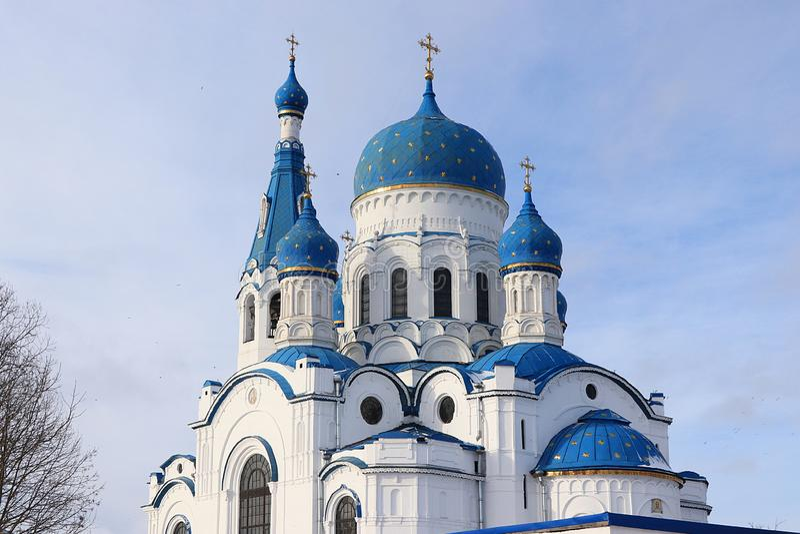 Rusia, Gatchina, el 2 de marzo de 2019, catedral de Pokrovsky fotos de archivo libres de regalías