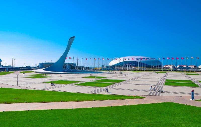 Rusia, Sochi - 14 de octubre de 2018 - arena del estadio grande en el centro turístico de Imereti imagen de archivo libre de regalías