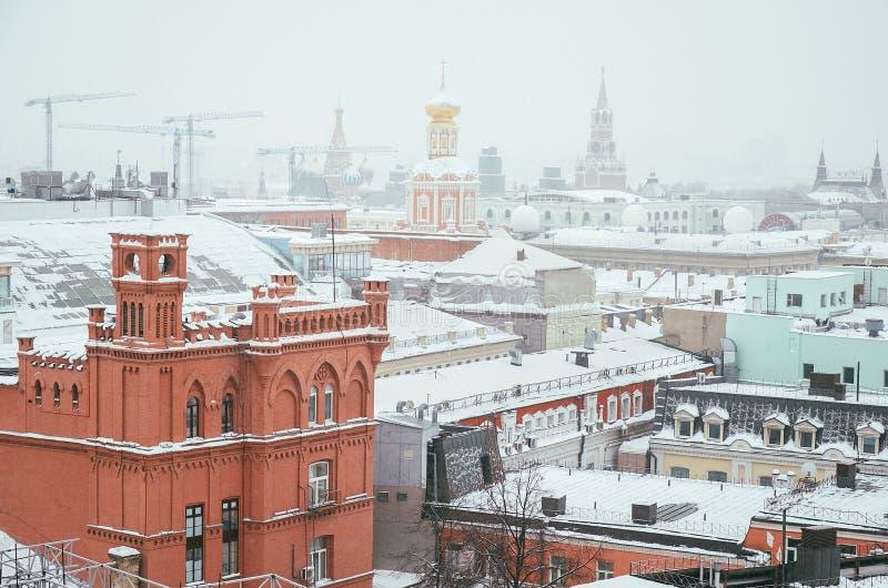 Rusia Vista panorámica de Moscú del tejado de la tienda central del ` s de los niños 11 de febrero de 2018 fotos de archivo