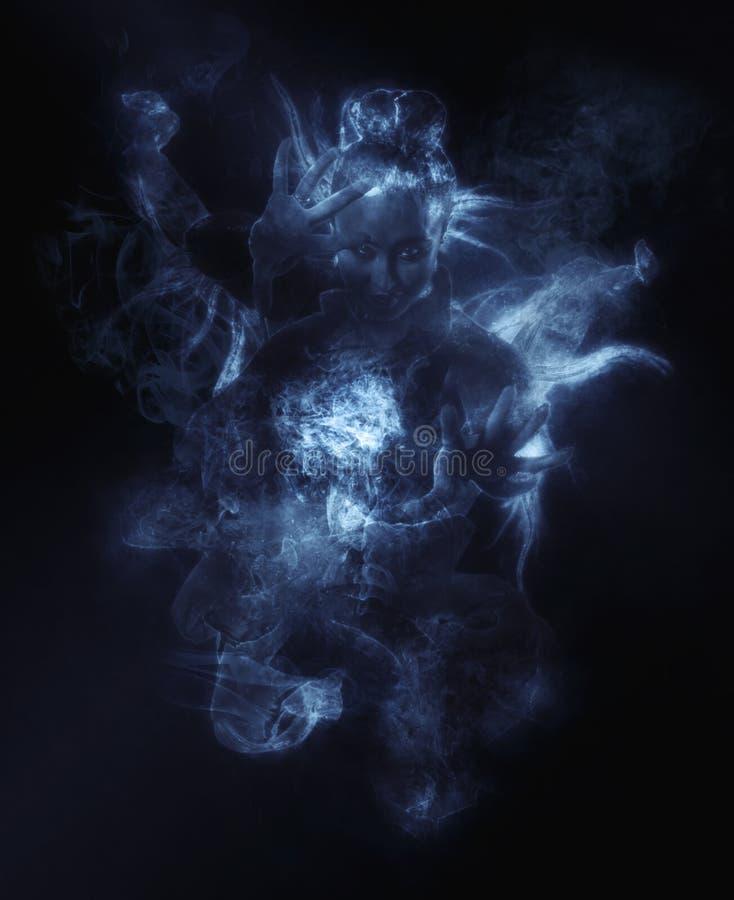 Ruskig spöke på mörkt - blå rök fotografering för bildbyråer