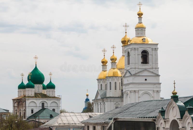 Rusland, Arzamas, 6 Mei, 2018: St Nicholas Convent, het gebied van Nizhny Novgorod royalty-vrije stock afbeeldingen