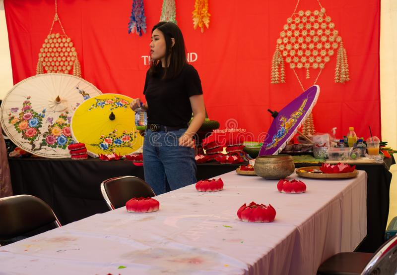 Rusland, Moskou, 20-20-21 Juli 2019, jaarlijks Thais festival in Moskou, Sokolniki-park stock foto's