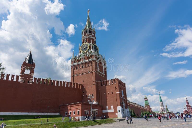 RUSLAND, MOSKOU, 8 JUNI, 2017: Spasskayatoren Rood vierkant stock fotografie