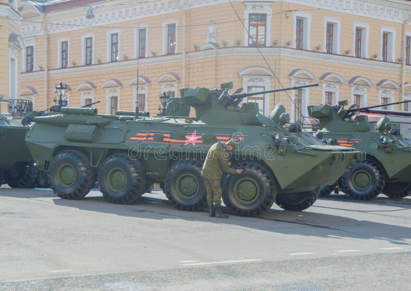 Rusland, St. Petersburg, 7 kan 2017, de repetitie van de overwinning royalty-vrije stock afbeeldingen