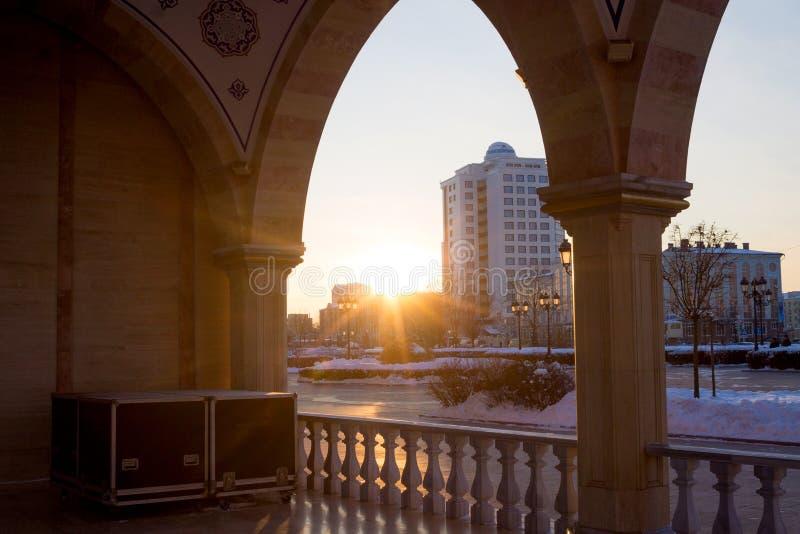 RUSLAND, Tchetchenië, Grozniy - Januari 5, 2016: - Hoofdmoskee van de Tchetcheense Republiek - Hart van Tchetchenië stock foto