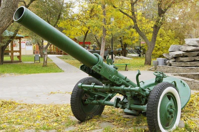 Ruso modelo divisional 1943 del mortero de 160 milímetros fotos de archivo libres de regalías
