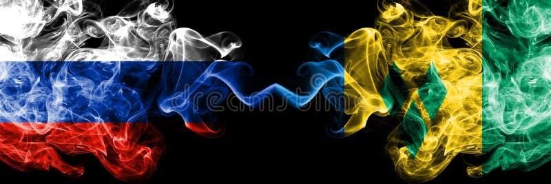 Russe contre des drapeaux de fumée de Saint-Vincent-et-les-Grenadines a placé côte à côte Drapeaux soyeux colorés épais de fumée  illustration libre de droits