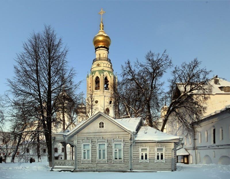 Russisch de winterlandschap van de ortodoxkerk stock afbeeldingen