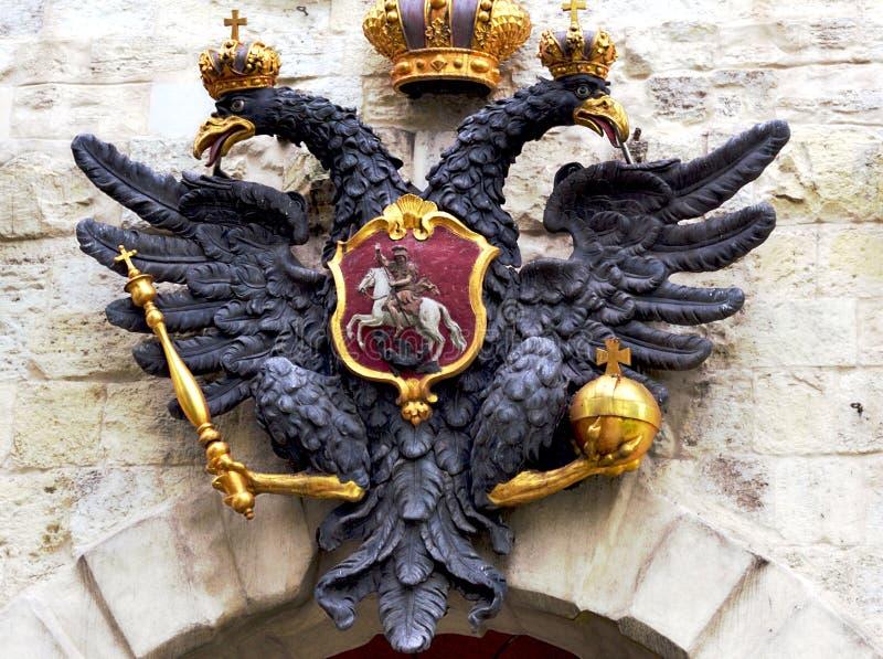Russisch kam dubbel-geleid adelaarsst. petersburg royalty-vrije stock afbeeldingen