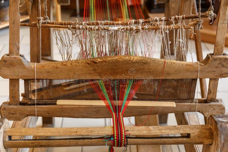 Russisch traditioneel hand wevend weefgetouw royalty-vrije stock foto's