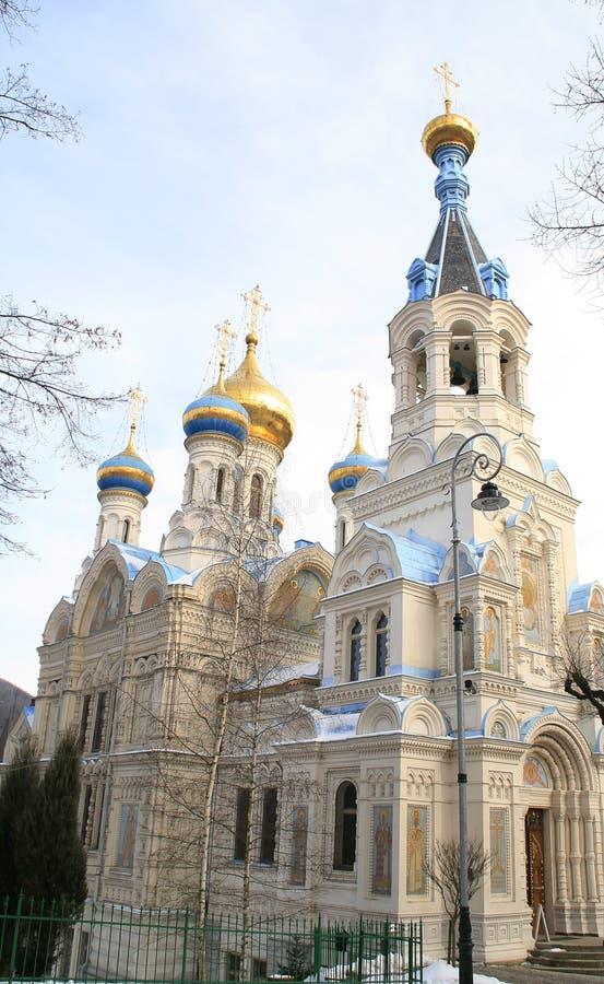 Russische Kirche. Karlovy unterscheiden sich lizenzfreie stockfotos