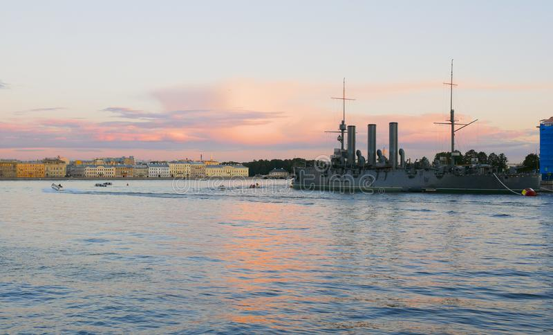 Russische Kreuzer Aurora St Petersburg, Russland lizenzfreies stockbild