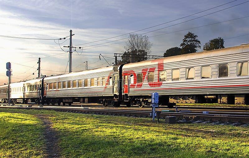 Russische Linie Zug stockbilder