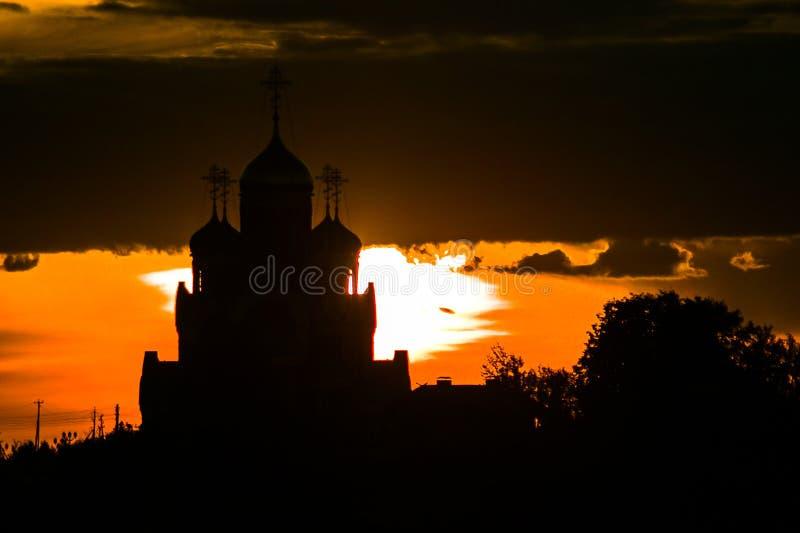 Russische Orthodoxe Kerk ter ere van Heilige George in het Kaluga-gebied (Rusland) royalty-vrije stock fotografie