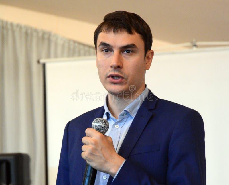 Russische schrijver, afgevaardigde van de Doema van de Federale Vergadering van de Russische Federatie VII oproeping Sergey Sharg stock foto