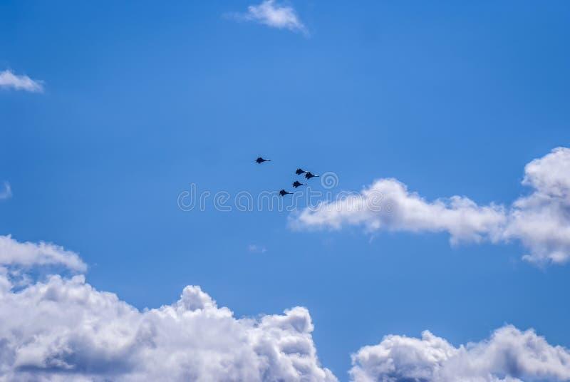 Russische vechters in de lucht royalty-vrije stock fotografie