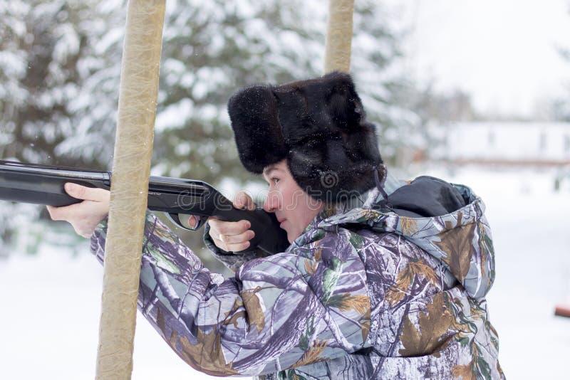Russischer Jäger Winter lizenzfreie stockbilder